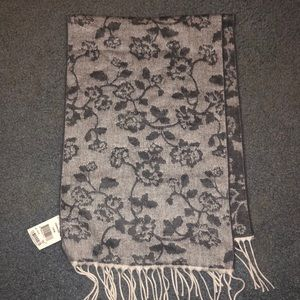 Brand New with tags Italian made scarf - charcoal